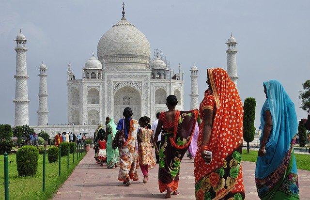 svůj původ má v tradičním indickém léčitelství