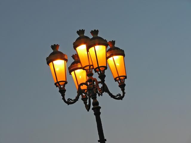 Sodíkové výbojky v pouličním osvětlení